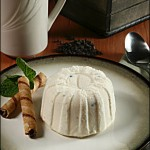 Royal Ice Cream - Amoretto Bomb